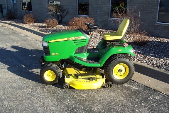 2011 John Deere X744 Riding Mower For Sale
