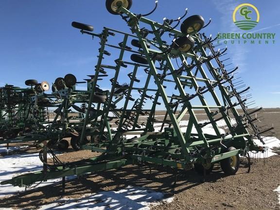 John Deere FIELD CULTIVATOR Field Cultivator For Sale