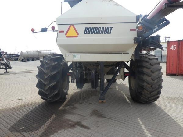 1999 Bourgault 5440 Image 3
