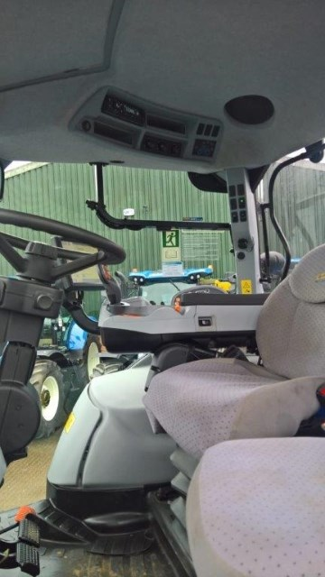 2015 New Holland T7.200 T4A AUTO COMMAND S/WINDER Image 7