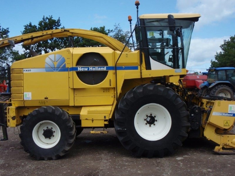 2006 New Holland FX60 4WD SPFH Image 3