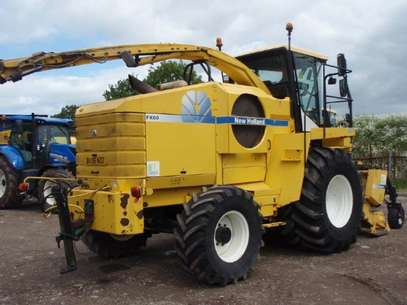2006 New Holland FX60 4WD SPFH Image 5