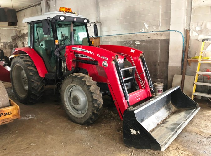 2014 Massey Ferguson 2680HD Tractor For Sale