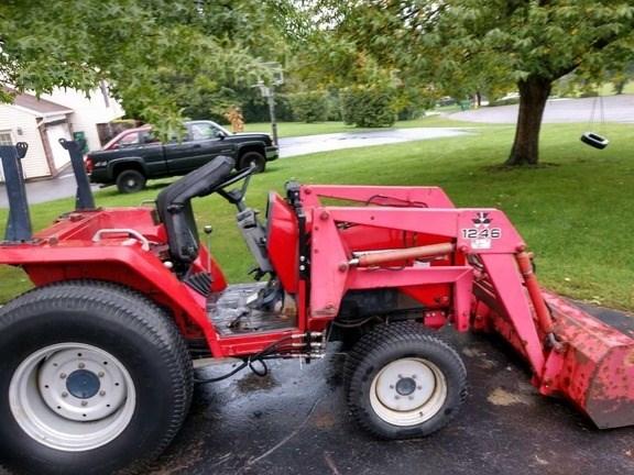 1999 Massey Ferguson 1240 Tractor For Sale