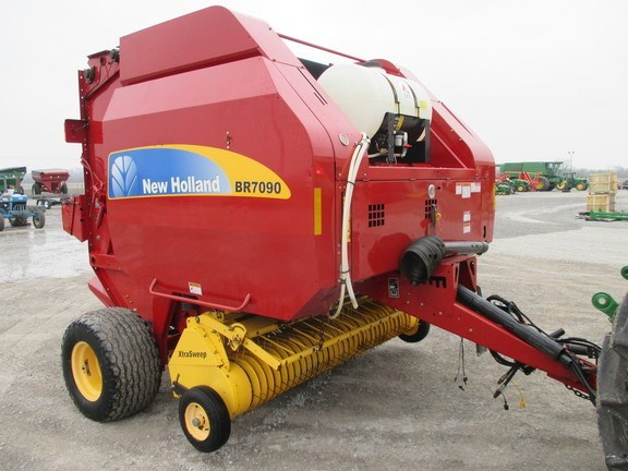 2012 New Holland BR7090 Baler-Round For Sale