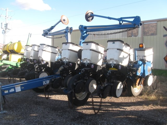 2002 Kinze 3200 Planter For Sale Kanequip Inc 9 Locations To