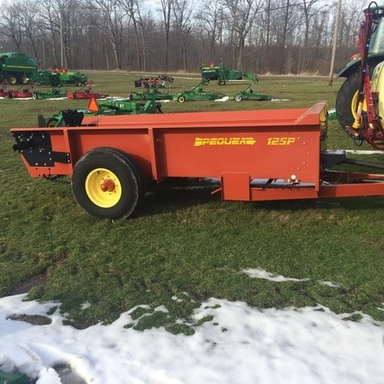 2017 Pequea MS125P Manure Spreader-Dry/Pull Type For Sale