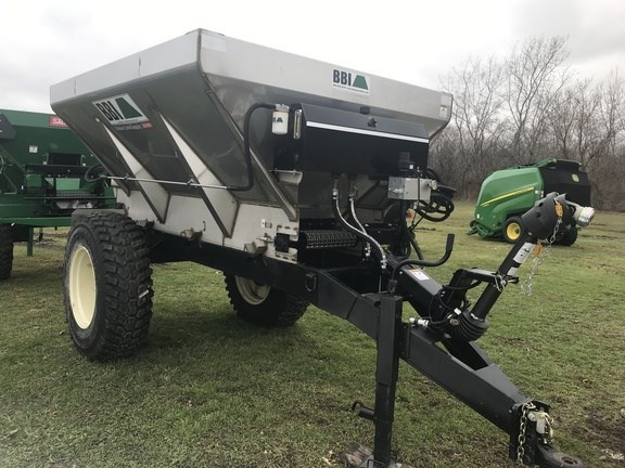 2017 BBI Magnaspread Fertilizer Spreader For Sale