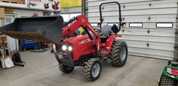 2010 Massey Ferguson 1529 Tractor For Sale