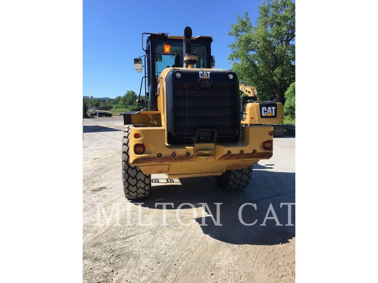 2017 Caterpillar 938M Image 4
