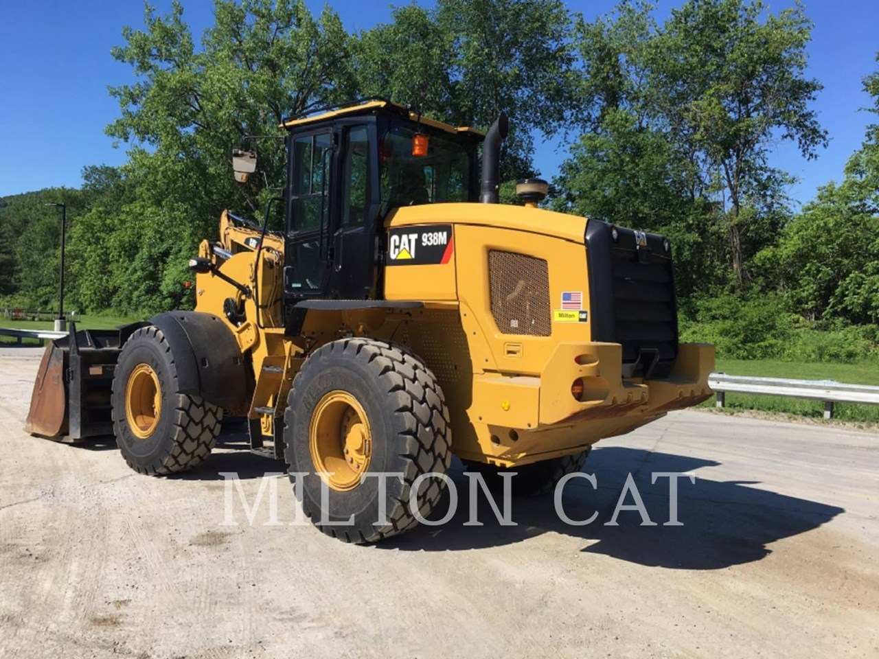 2017 Caterpillar 938M Image 5