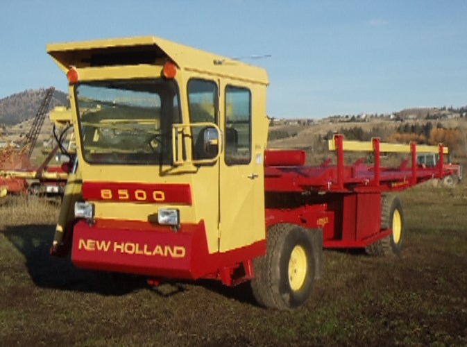 1982 New Holland 8500 Bale Wagon-Self Propelled For Sale