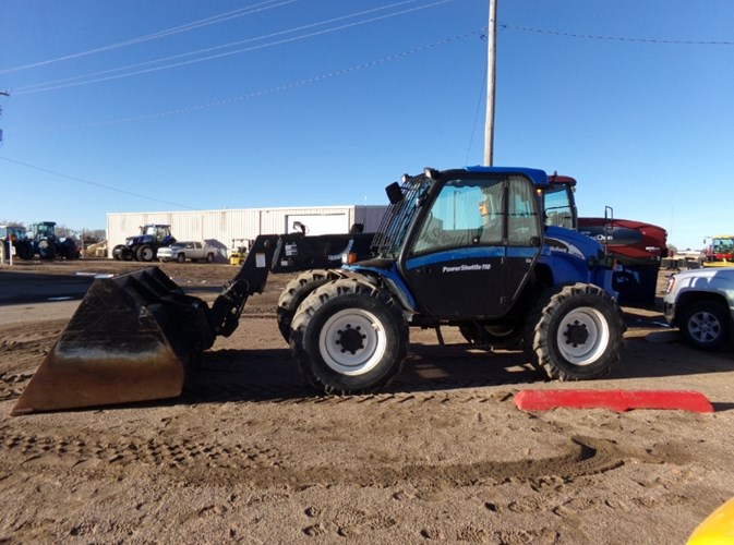 2005 New Holland LM435A Telehandler For Sale