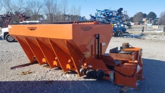 2011 Sweepster VBEL10-52-56 Manure Spreader-Dry/Pull Type For Sale