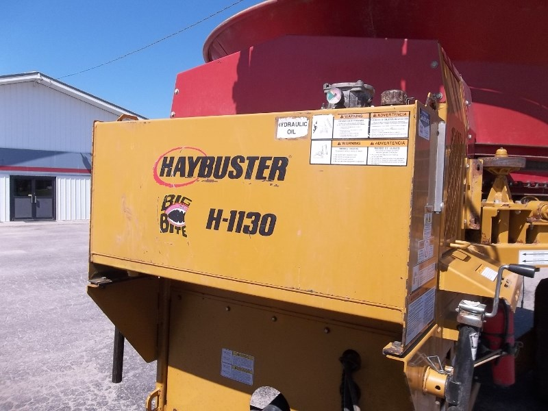 2015 Haybuster H-1130 Image 2