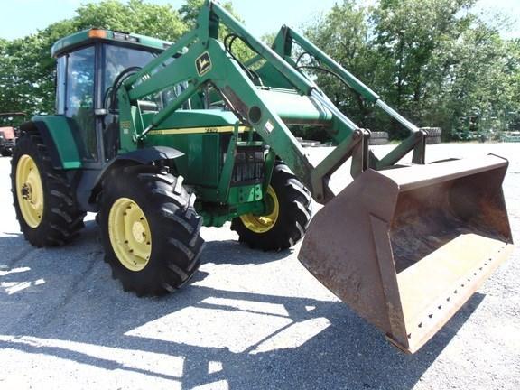 2002 John Deere 7210 Tractor For Sale