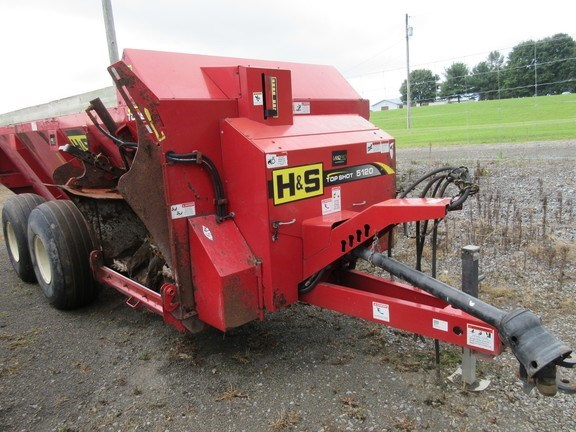 2011 H & S TS5120 Manure Spreader-Dry/Pull Type For Sale