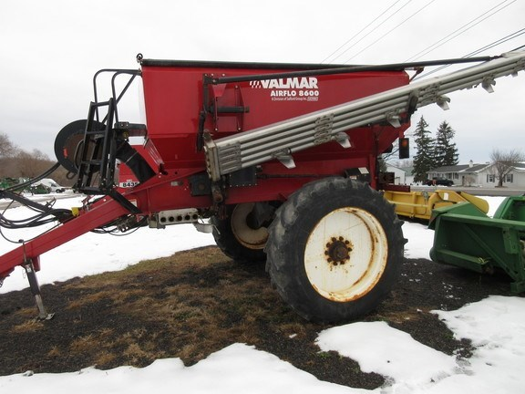 2015 Valmar 8600 Fertilizer Spreader For Sale
