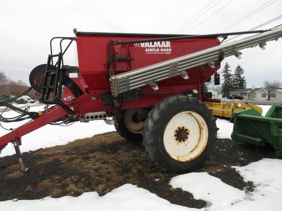 2015 Valmar 8600 Fertilizer Spreader For Sale