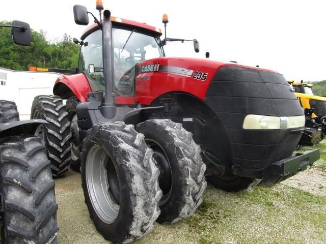 2012 Case IH MAGNUM 235 Tractor For Sale