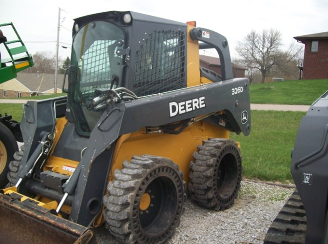 2010 Deere 326D Skid Steer For Sale