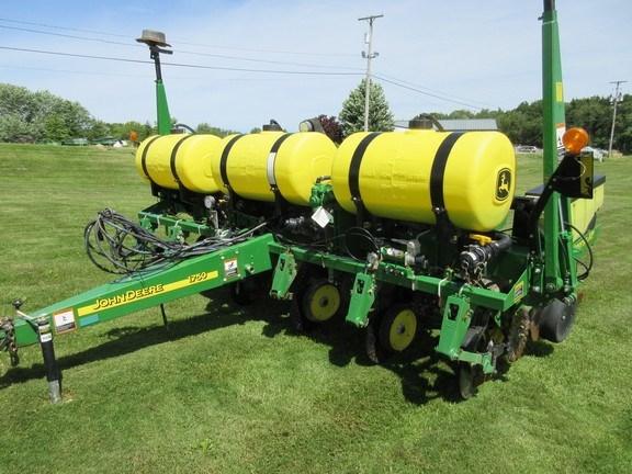 2011 John Deere 1750 Planter For Sale