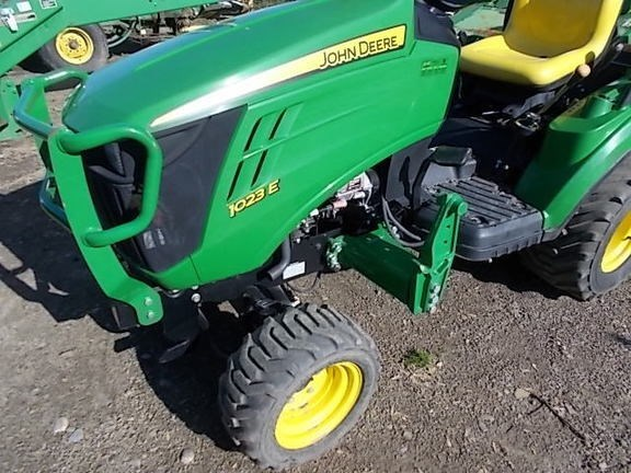 2014 John Deere 1023E Tractor For Sale