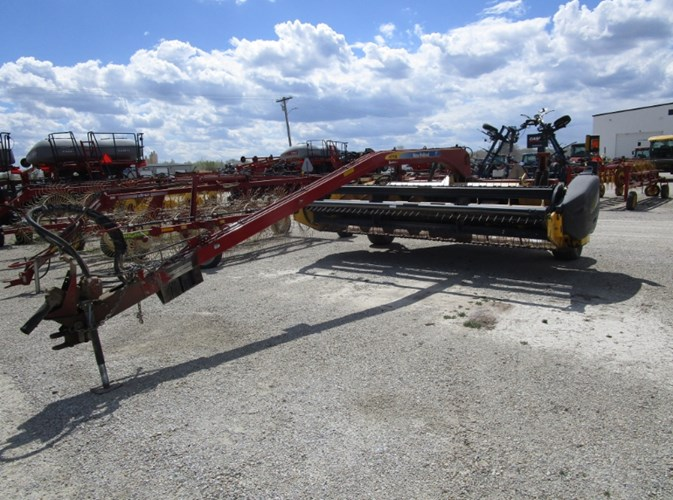 2011 New Holland H7150 Mower Conditioner For Sale