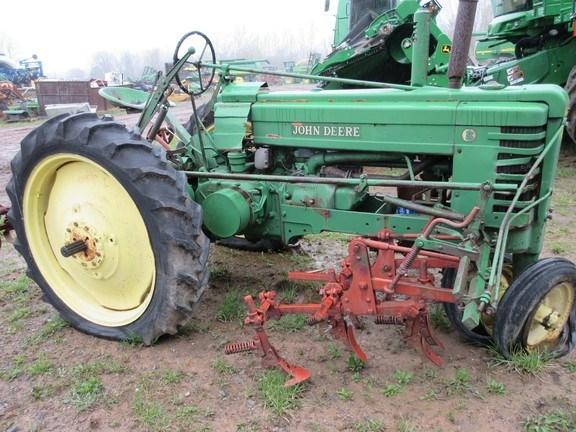 1944 John Deere B Tractor For Sale