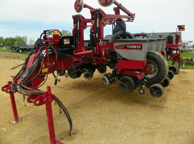 2013 Case IH 1255 Planter For Sale