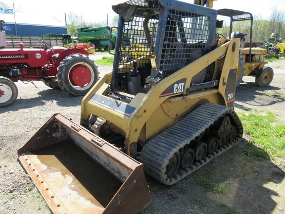 2005 Caterpillar 247-B Skid Steer-Track For Sale