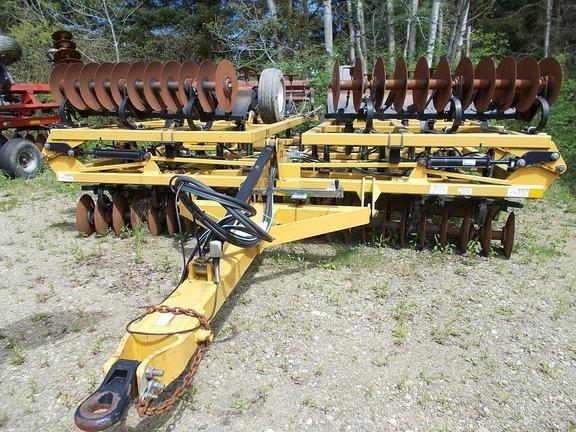 2015 Landoll 876-30-C Vertical Tillage For Sale