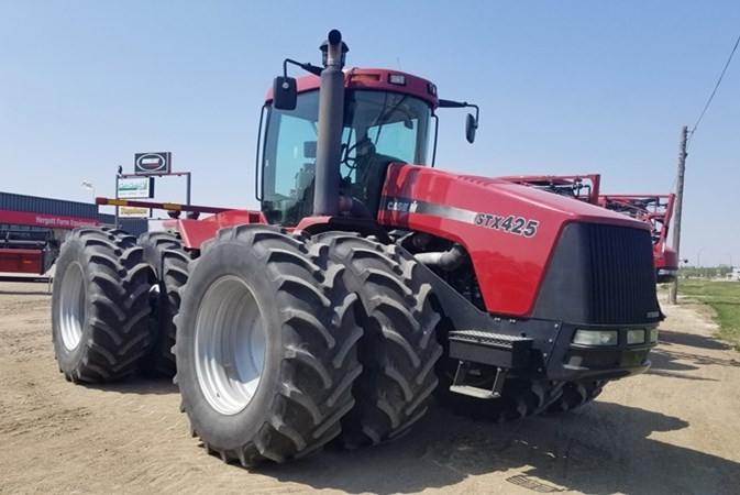2002 Case IH 425 Tractor For Sale