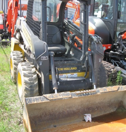 2015 New Holland L218-T4B Skid Steer For Sale