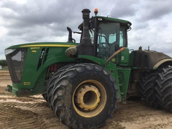 2017 John Deere 9470R Tractor - Scraper For Sale