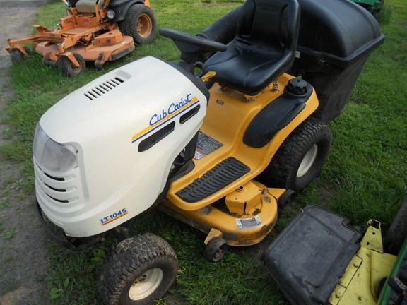 2012 Cub Cadet LT1045 Lawn Mower For Sale