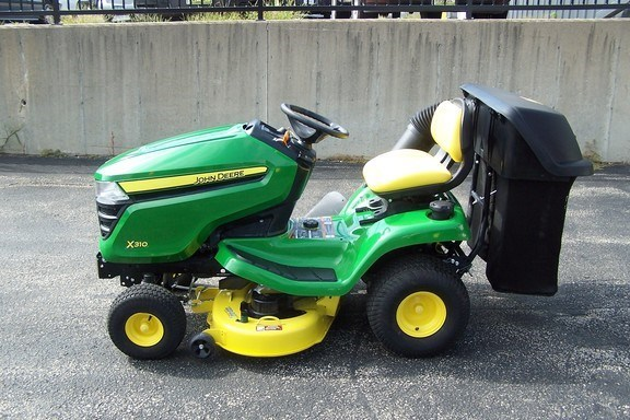2015 John Deere X310 Riding Mower For Sale