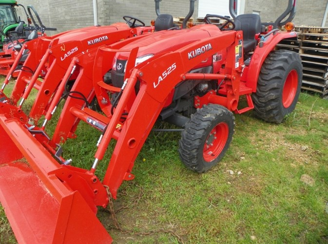 2018 Kubota L3301DT Tractor For Sale