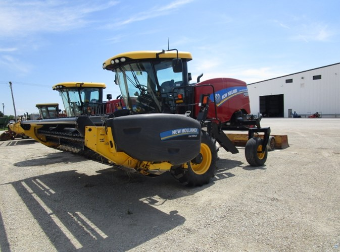 2015 New Holland SPEEDROWER 160 Windrower-Self Propelled For Sale