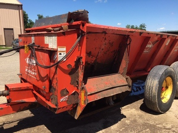 2009 Kuhn Knight 8118 Manure Spreader-Dry/Pull Type For Sale