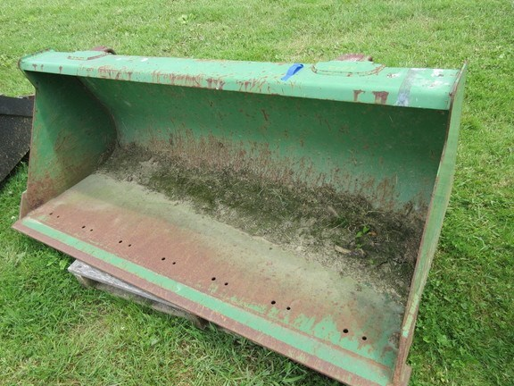 2004 John Deere 60 Bucket For Sale