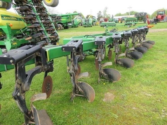 2010 John Deere 3710 Plow-Moldboard For Sale