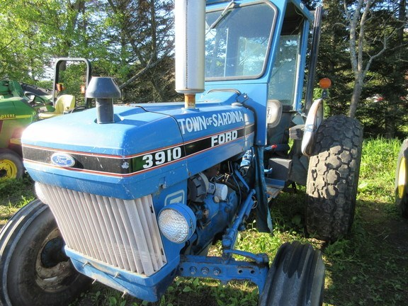 1987 Ford 3910 Tractor For Sale