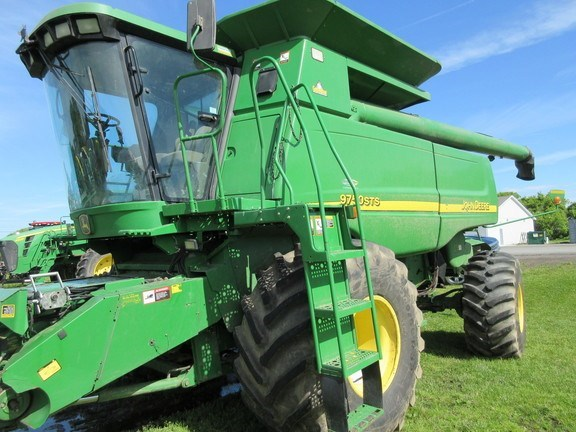 2002 John Deere 9750 STS Combine For Sale