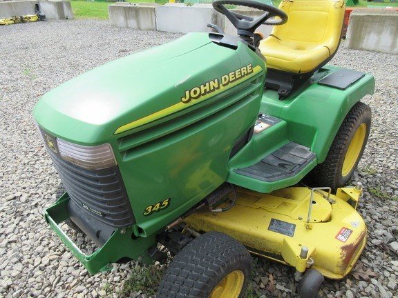 2001 John Deere 345 Lawn Mower For Sale