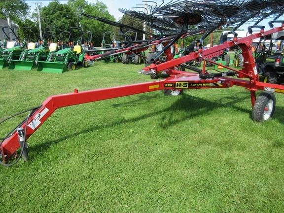 2017 H & S AR3112 Hay Rake For Sale