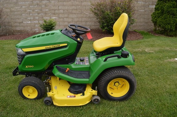 2017 John Deere X590 Riding Mower For Sale