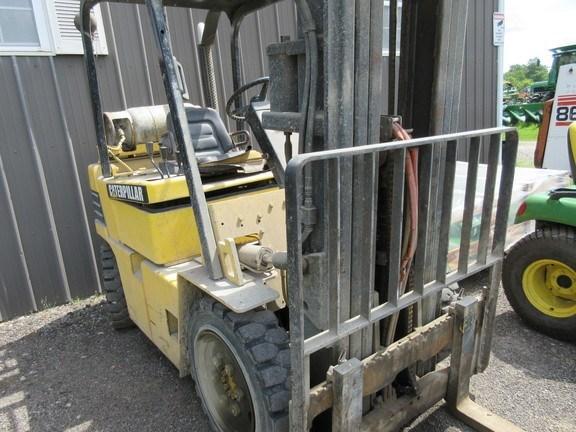 2003 Caterpillar V50 Lift Truck/Fork Lift For Sale