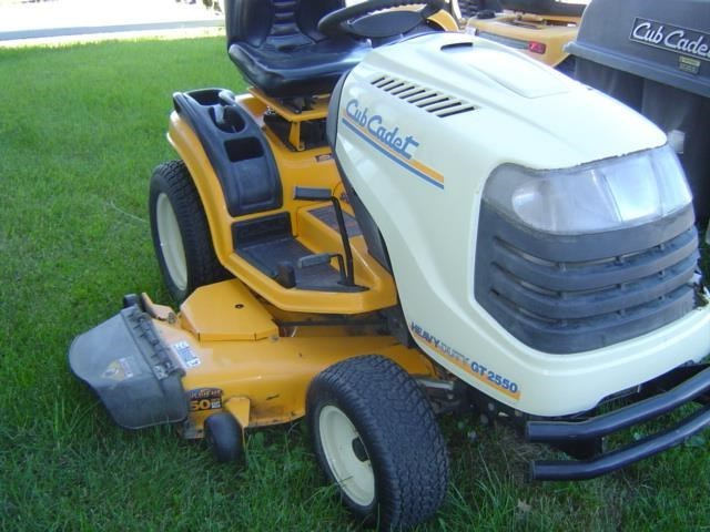 2010 Cub Cadet GT2550 Riding Mower For Sale
