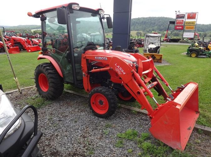 2014 Kubota B2650HSDC Tractor - Compact For Sale